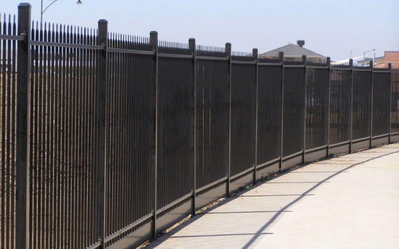 Get Your Palisade Fencing Price & Installations